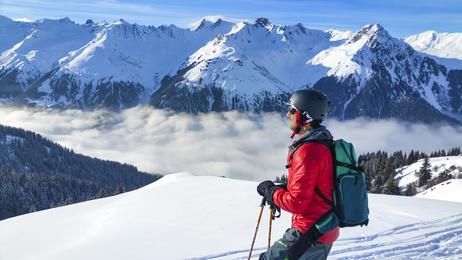 Skifahrer in den Alpen (Bayern)