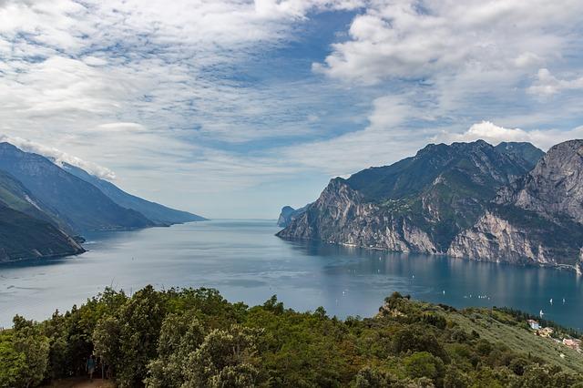 Blick auf den Gardasee / Italien